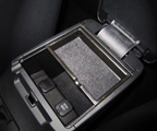 Centre arm rest storage tray